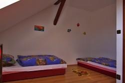 ložnice 3 - chalupa k pronájmu
