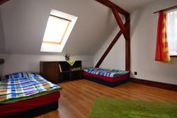 ložnice 4 - chalupa k pronájmu