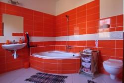 spodní koupelna - chalupa k pronájmu
