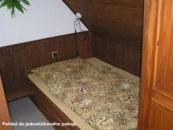 Jednolůžkový pokoj - chata k pronájmu