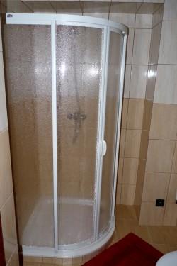 koupelna - chalupa k pronájmu