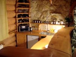 Kuchyň - chata k pronájmu
