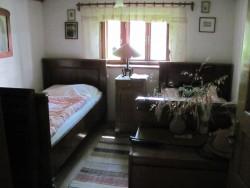 ložnice č.1 - chalupa k pronájmu
