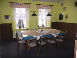 společenská místnost  - chalupa k pronájmu