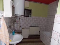Koupelna - chata k pronájmu