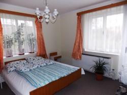ložnice 2 - chata k pronájmu