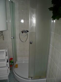 koupelna a WC - chata k pronájmu