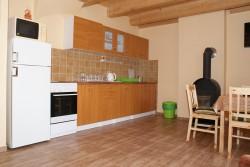 kuchyňský kout velká chata - chata k pronájmu
